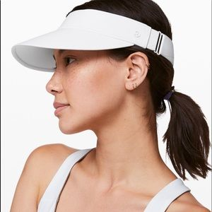 New! Lululemon FAST PACE RUN VISOR White